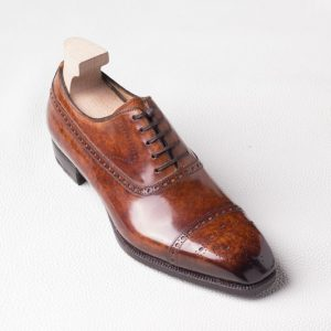 Baby Vegetable calf ,1 leather of 8-10  sfq.size   is used for 1 only 1 pair museum effect made with red wine Aglianico del Taburno,it needs to be lasted full by hand , very carefully.