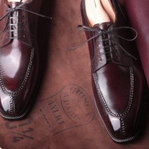 Centurion Soft square ,color Aglianico ( deep burgundy) made with Vintage Annonay baby box calf