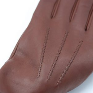 1a)  Lamb Gloves in brown, with index and middle finger in black color, suitable for mobile phone use