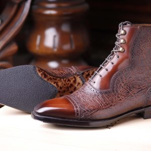 1 a- Proteo Handwelted line,Automatic Save  22% off  in Patina service ,available as Pre -Order,in Box Calf and Kudu,with lasted boot tree included.